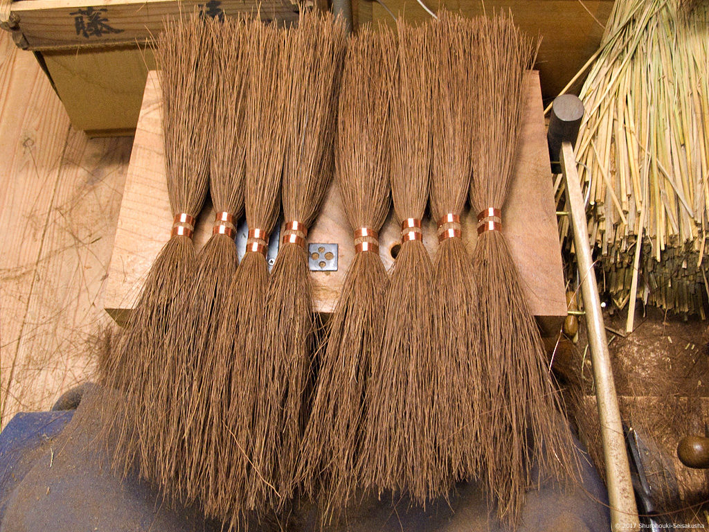 棕櫚箒製作風景-【棕櫚箒】本鬼毛11玉長柄箒