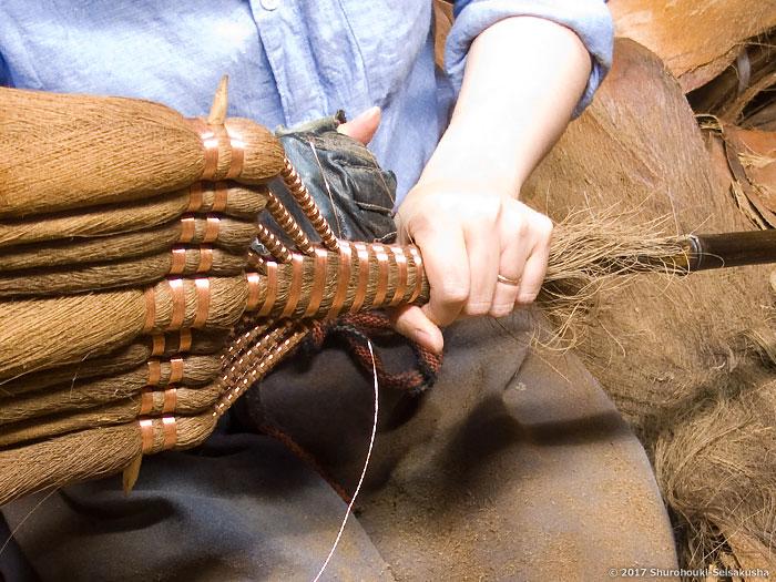 棕櫚箒-皮9玉長柄箒作り