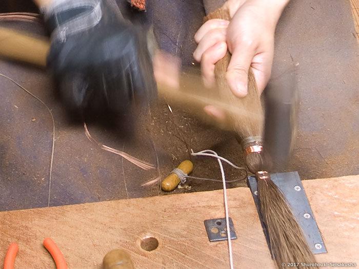 製作風景-【棕櫚箒】寺社・護摩壇・祭壇用小箒