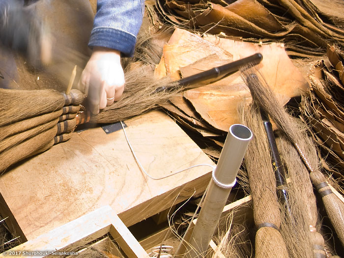 棕櫚箒-皮5玉手箒作りと仕様変更についてお知らせ