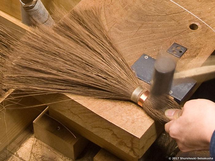 棕櫚箒-本鬼毛7玉長柄箒の玉作り