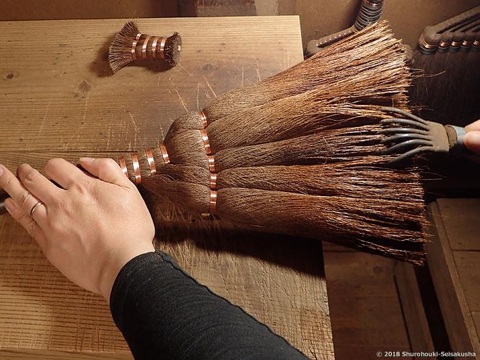 棕櫚箒-棕櫚皮箒作り