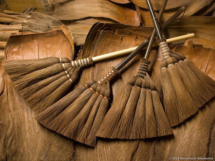 棕櫚箒-仕様変更/ 皮5玉手箒・上に麻糸巻2種を追加