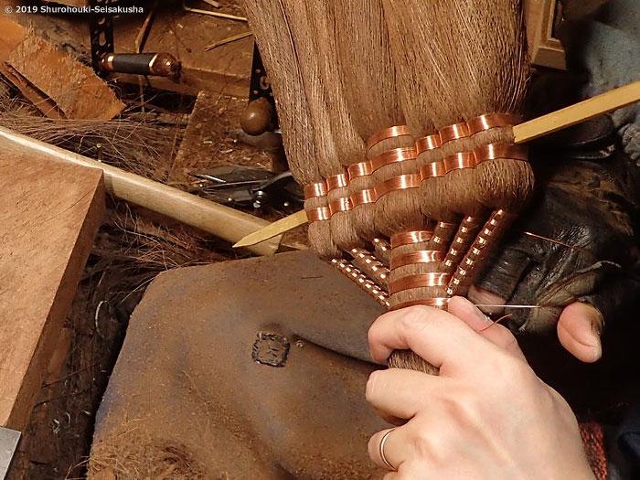 棕櫚箒-棕櫚皮9玉長柄箒作り